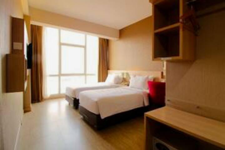 Deluxe Room's Pasteur