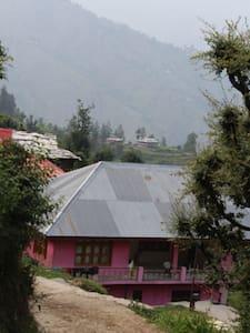 Siya Palace