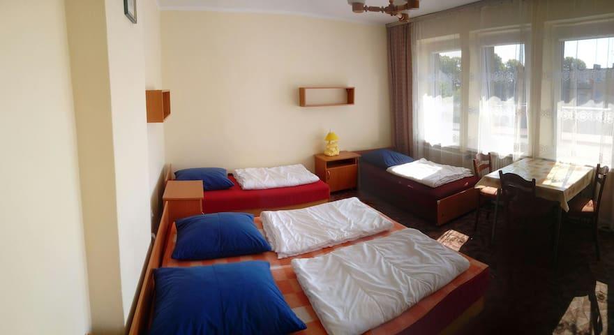 Cichy pokój nr4 - 10 min do plaży