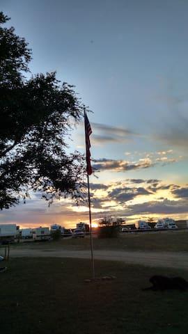 9-2017 Eclipse dry camp RV sites - Glenrock