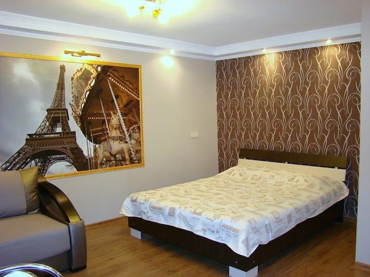 """Квартира-студио """"Париж"""""""