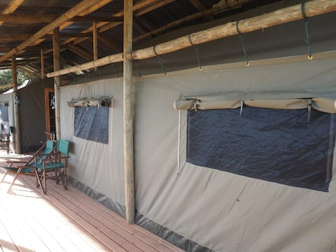 Pure Nature Familodge-Addo Park View Luxury Tent