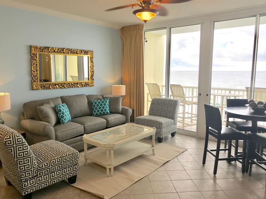Direct Beachfront! Perfect for Couples & Small Families!