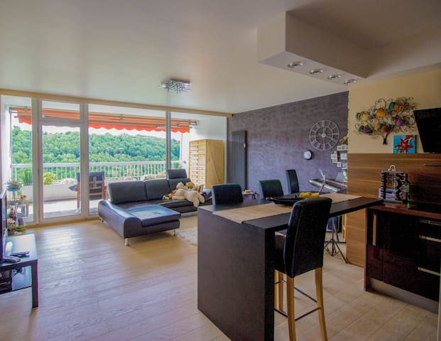 2bd/2bath, wow view, pool & gym - Luxembourg city - Flat