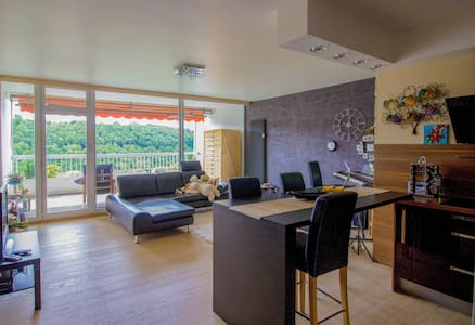 2bd/2bath, wow view, pool & gym - Luxembourg city