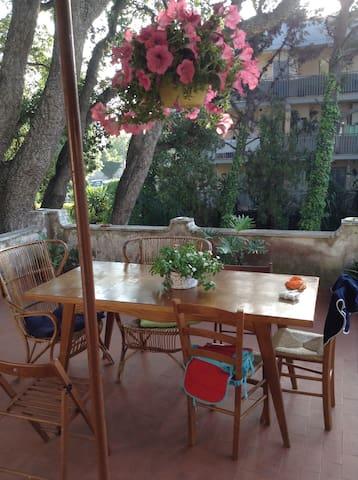 Villino indipendente villa borghese - Anzio  - Casa