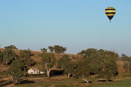 Belubula Ballooning Retreat for 2