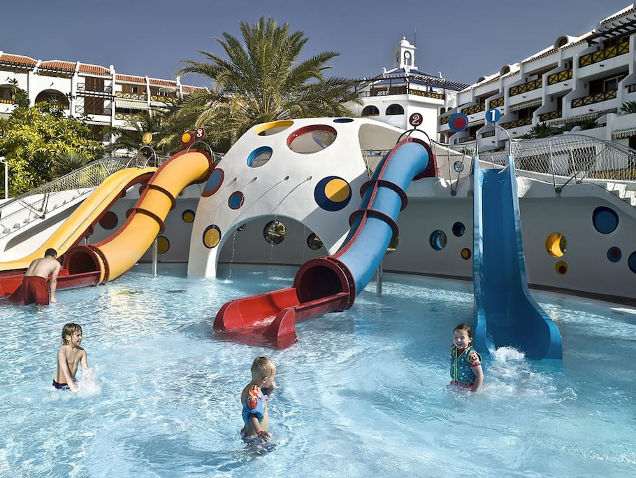 Climatized waterpark  for children with professional life guard supervision(photos from inside the complex)