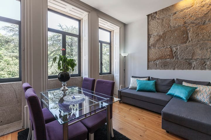 charming apartement in dowtow/1