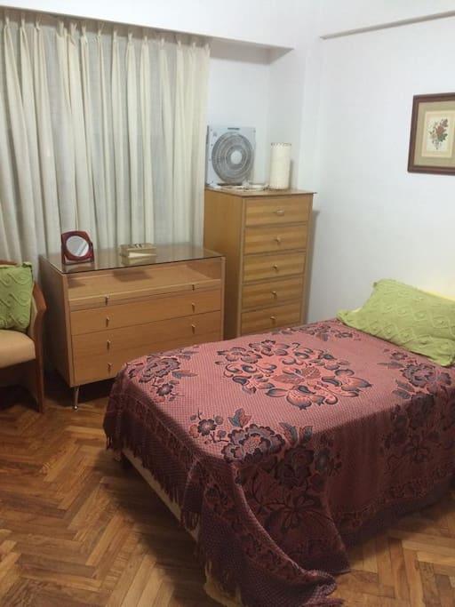 Alquiler de habitaci n privada departamentos en alquiler for Alquiler habitacion departamento