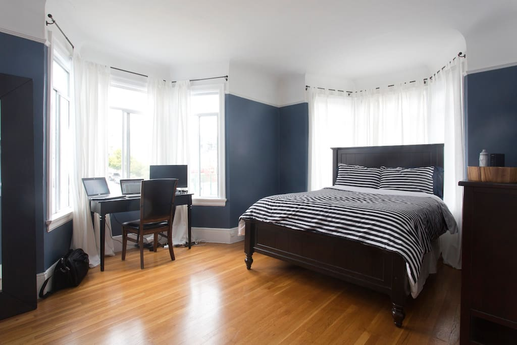 Remodeled 2 Bedroom In Russian Hill Apartments For Rent In San Francisco California United