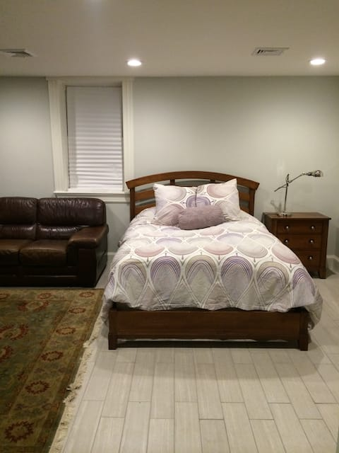 Beautiful Private Lg Space/ Clean Comfy