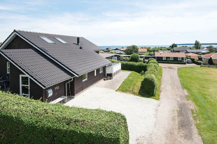 Beautiful Holiday Home in Juelsminde with Jacuzzi