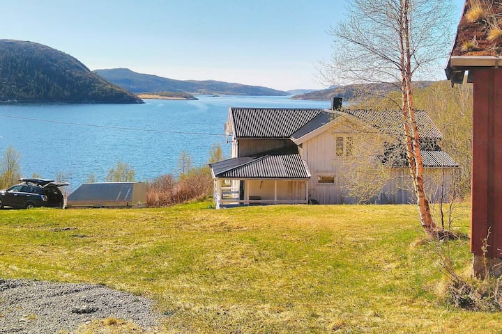3 person holiday home in kolvereid