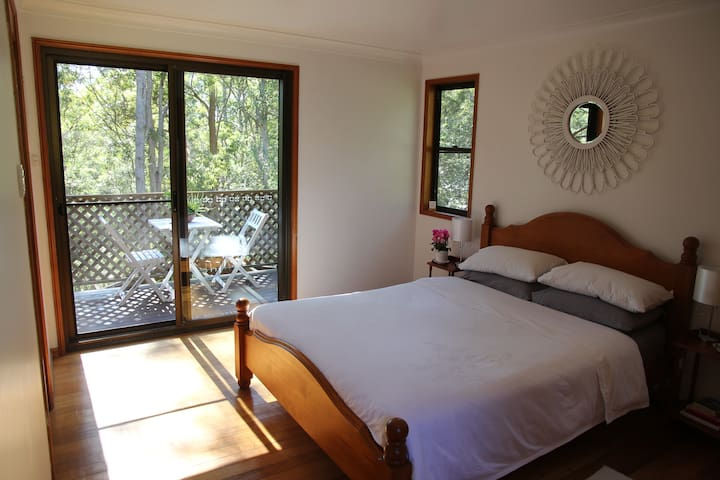 Bush retreat - 4 bedroom house - Mount Mee