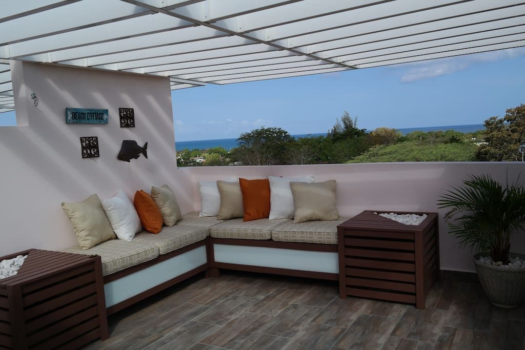 Terrace with ocean view and sitting area