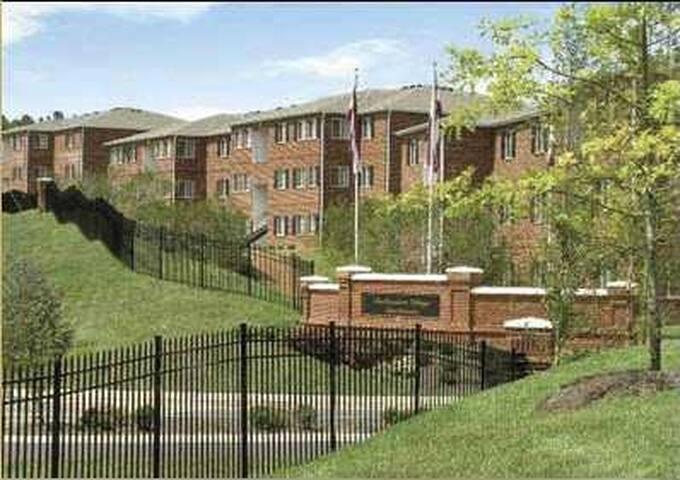 Featherstone Apartment (2br) - Durham - Appartement