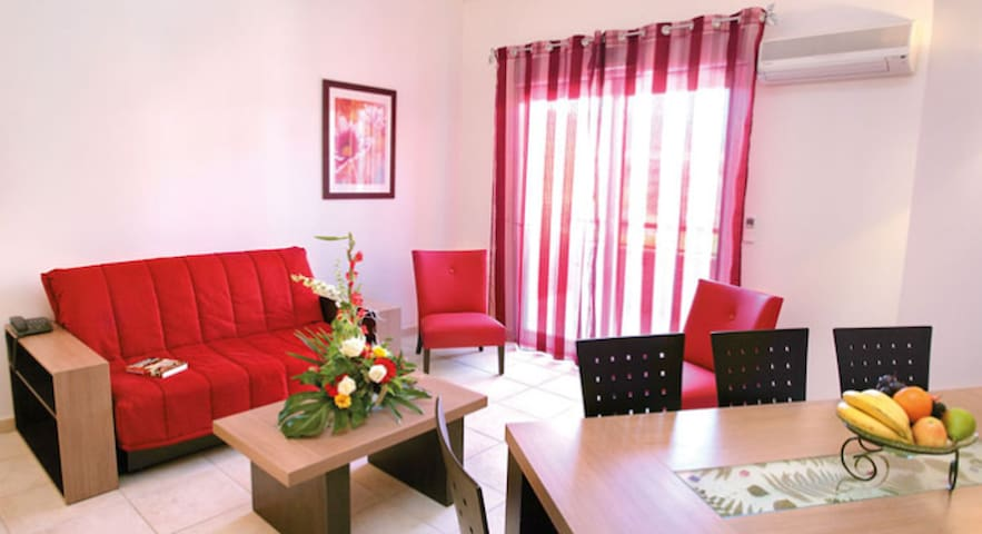 appartement T2 - Rousset - Huoneisto