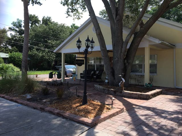 Harbor House Downtown Safety Harbor