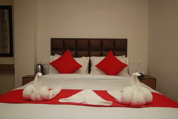 The Sinol Retreat for Couple