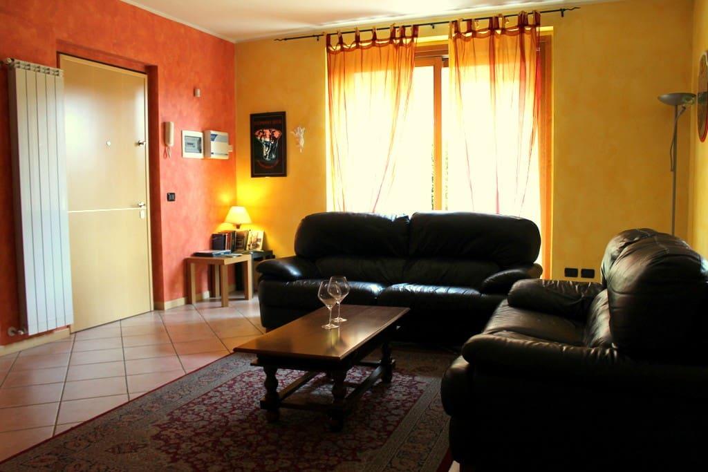 Salotto Leaving Rooms