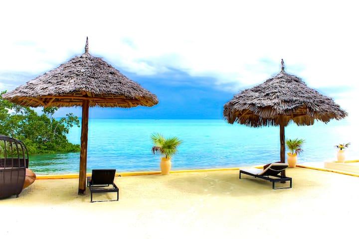 BEACH FRONT stunning modern villas - Cidade de Zanzibar - Vila