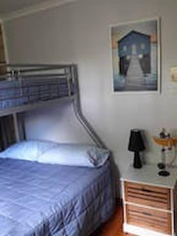 Bedroom 3 Double single bunk combo