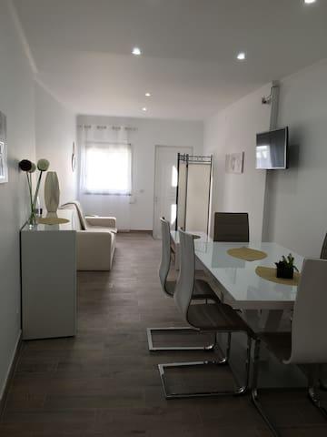 Casa 2 quartos perto da praia - Pêra - Ev
