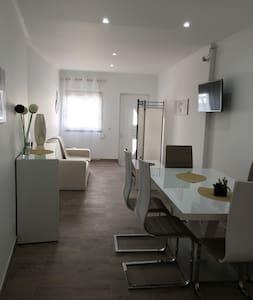 Casa 2 quartos perto da praia - Pêra - 단독주택