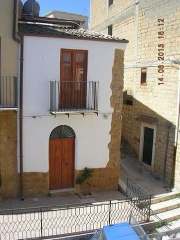 Townhouse in Sicily - Casa Grazyna - Cianciana - Hus