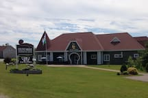 Interpretive centre 5 minutes away (awesome food)