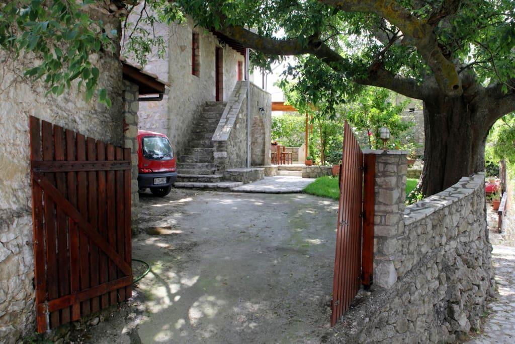 Menelia Cottage outside view