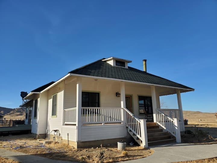 The Ranch House, near Mercy Hotsprings!
