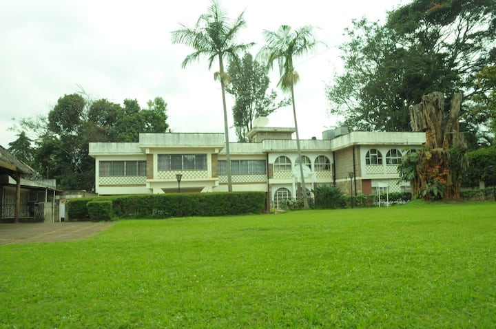 PEACELAND HOUSE