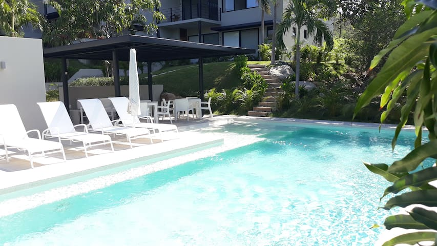 Centrally located - Minutes to Beach & Amenities