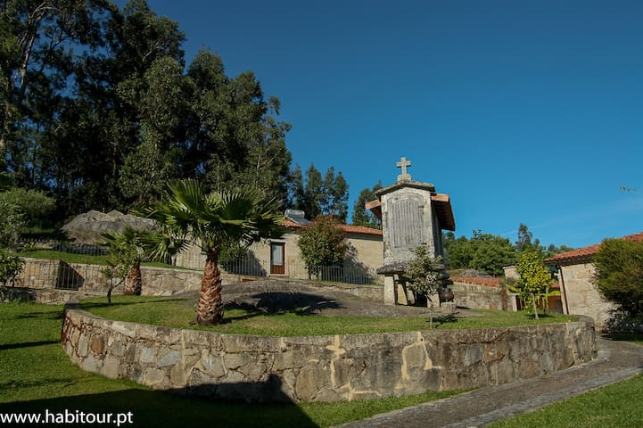 Quinta da Toural - Casa do Penedo