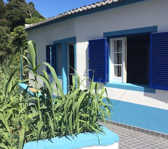 Cottage by The Sea - Ribeira grande - Huis
