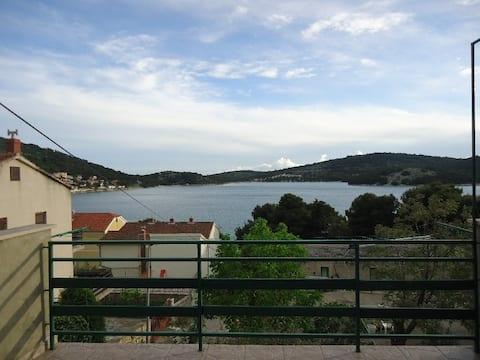 Apartment Josip with beautiful sea view