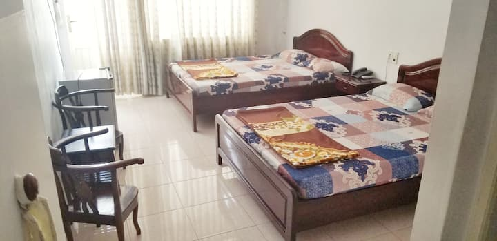 Comfortable 2 beds room, only 500m from the Beach