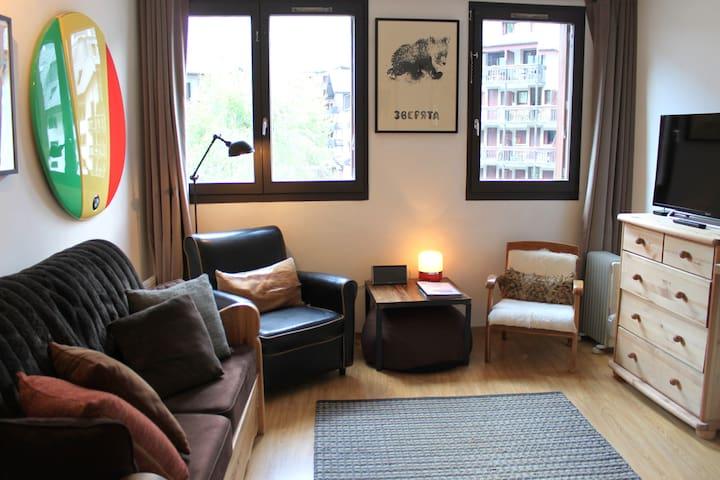 Stylish and well equipped studio - Chamonix - Daire