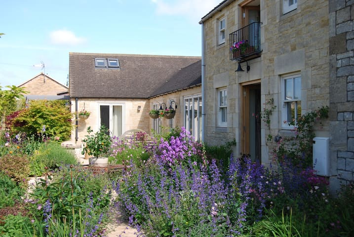 Luxury Cotswold studio apartment - Chalford Hill - Appartement
