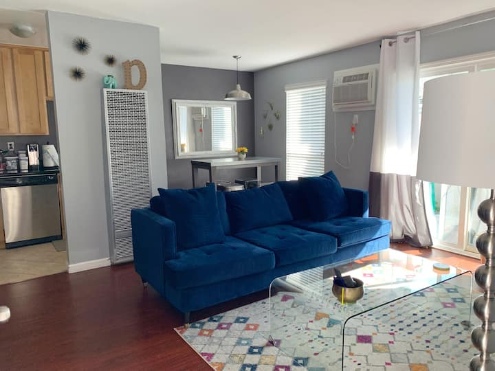 Chic Condo w/ Pool SF/WC Bay Area