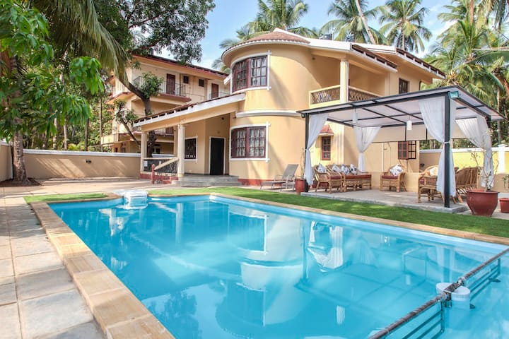 Family Friendly Swimming Pool Villa in Calangute