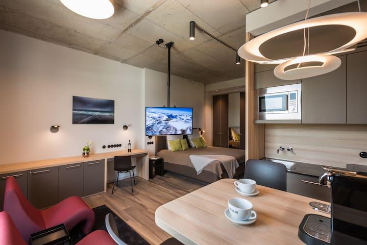 Comfort Apartment/ kombinierter Wohn-Schlafbereich - Aschheim