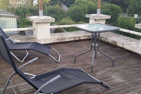 appart avec terrasse privee - Appartement