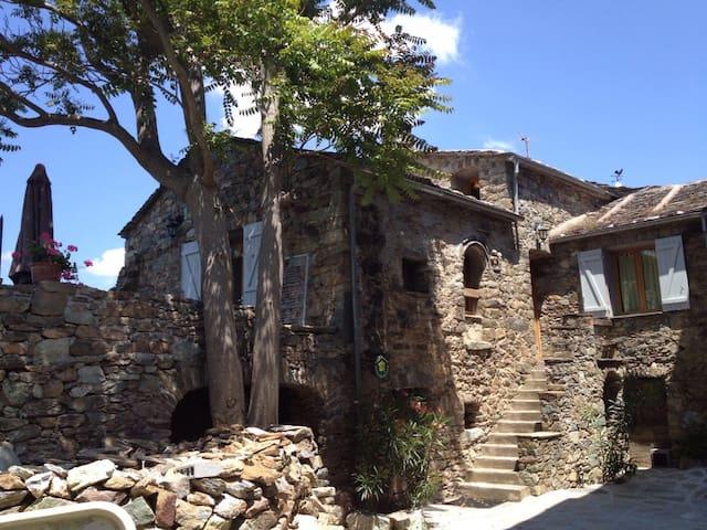 Maison de caractère vue panoramique - Gavignano - Casa