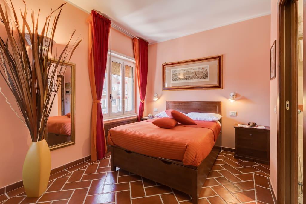 Lillihouse antonioni room chambres d 39 h tes louer rome latium italie - Chambre d hote italie ...