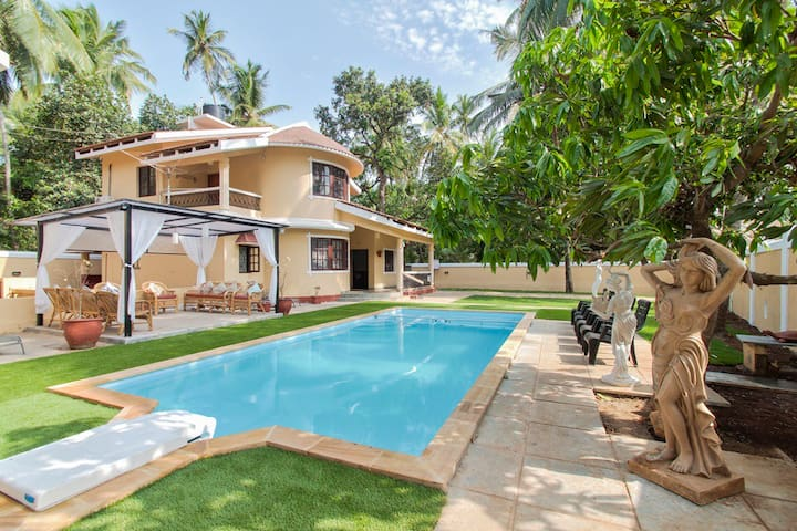 P4 Luxury Spacious Villas in Goa - Calangute - Casa