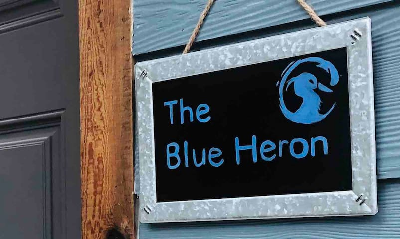 The Blue Heron -elegant urban studio in citycenter
