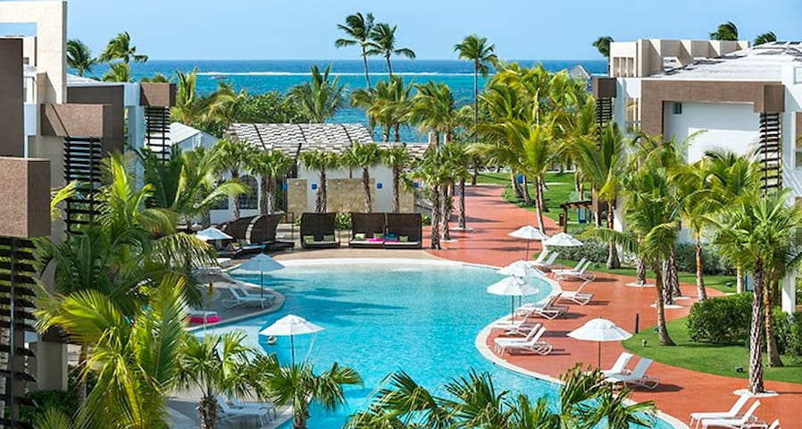 Punta Cana Vacation Beach, Sun & FUN